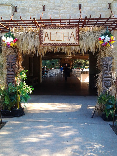 Luau party pictures houston hula dancers luau catering for Aloha package homes